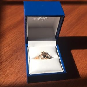 Jewelry - 14k Gold Claddagh Ring